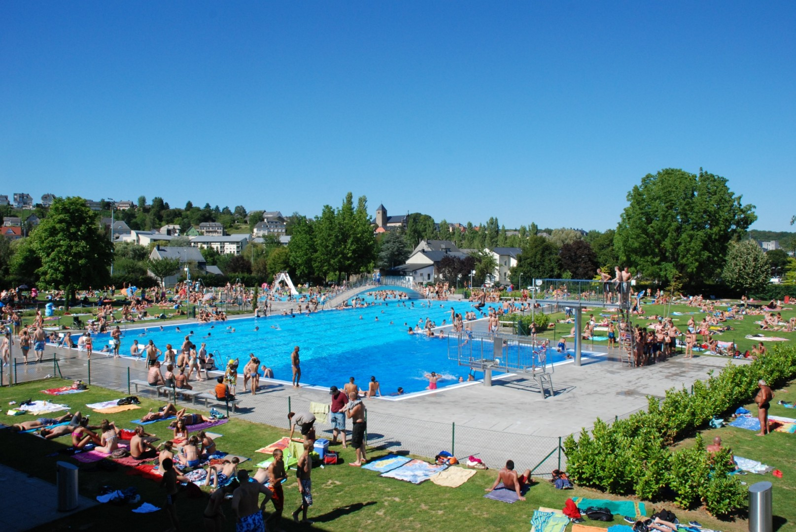Visiter remich visit moselle for Piscine luxembourg